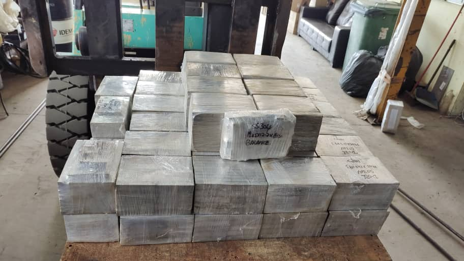 Bandsaw Cut for Stainless Steel 304 , SUS304 , SS304